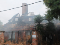 Un rayo provocó un incendio en una casa de Barra de Carrasco